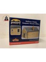 Bachmann 44-0149 OO Gauge Railway Stables Keeper's House