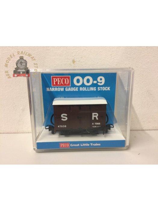 Peco GR-221D Box Van SR No.47038 - 009 Gauge