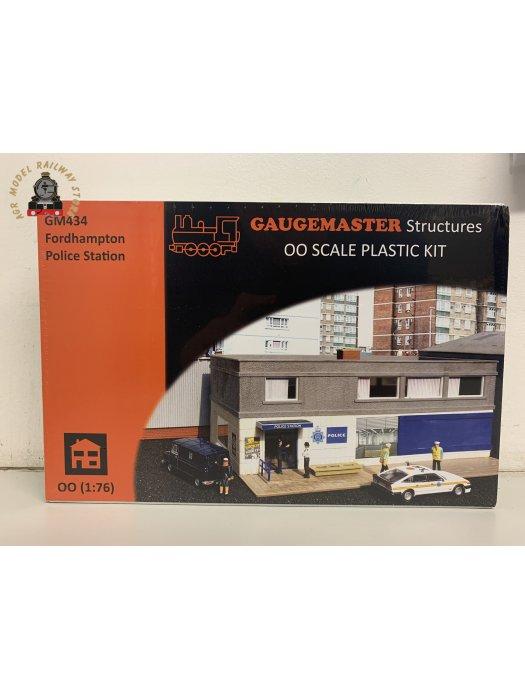 Gaugemaster GM434 Police station - plastic kit - OO Gauge