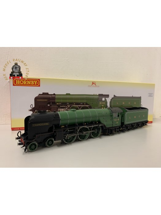 Hornby R3833 OO Gauge LNER Thompson Class A2/3 4-6-2 514 'Chamossaire' LNER Green