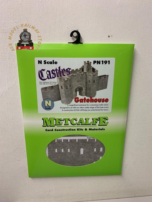 Metcalfe PN191 N Gauge Castle Gatehouse Card Kit