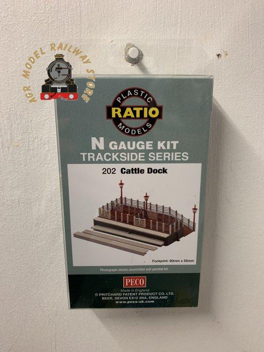 Ratio 202  Cattle Dock Kit - N Gauge