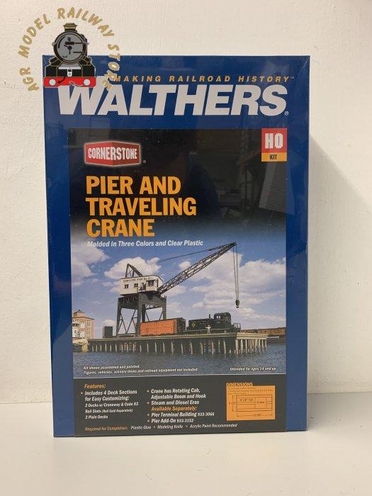Walthers Cornerstone 933-3067  Pier & Traveling Crane Kit - HO/OO Gauge