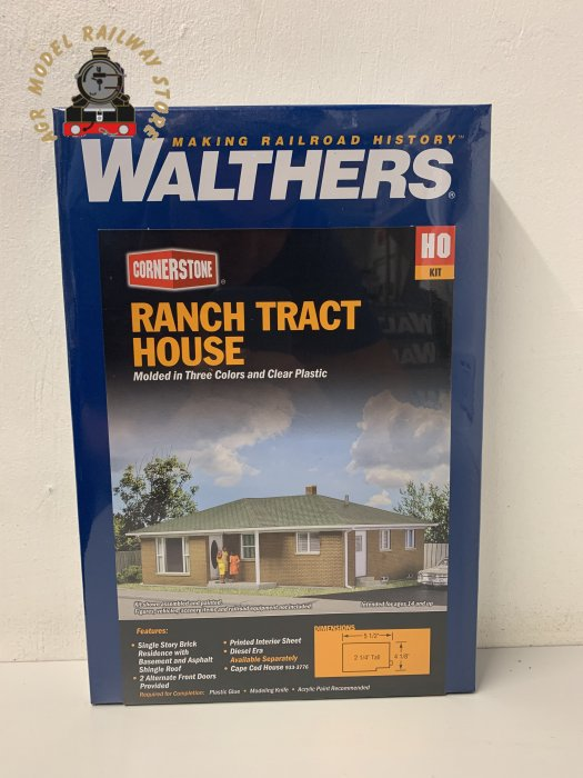 Walthers Cornerstone 933-3777 'Bungalow' Ranch Tract House Kit - HO/OO Gauge